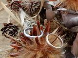 綺麗な色味の結婚指輪です