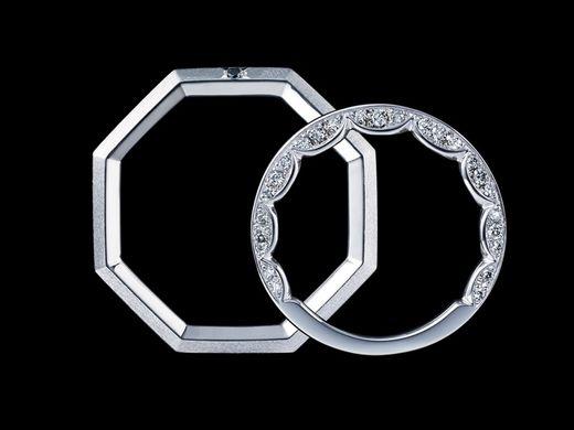『ブラックダイヤモンド』のメンズマリッジリング