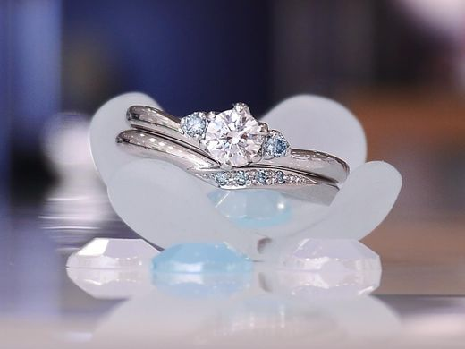 婚約指輪ご成約でプレゼント!結婚指輪にご利用いただける「5,000円分のブライダルクーポン券」