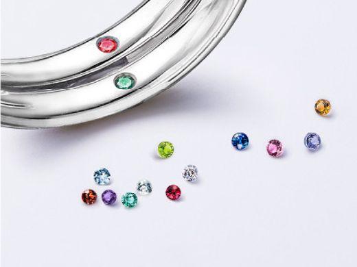 【予約成約特典】★ブルーダイヤまたは誕生石をリング内側にプレゼント★