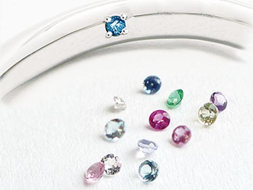 【 期間限定特典 】婚約or結婚指輪をご成約で、リングの内側に誕生石をプレゼント!