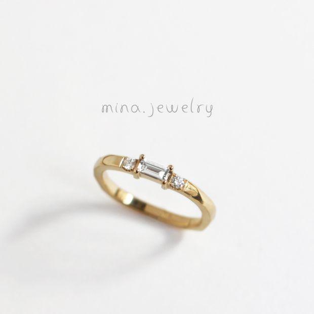 【mina.jewelry(ミナジュエリー)】バケットダイヤモンドのエンゲージリング
