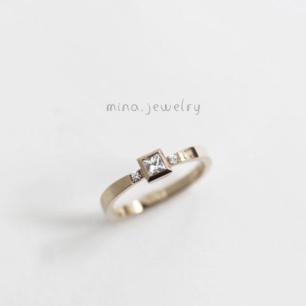 【mina.jewelry(ミナジュエリー)】プリンセスカットのマリッジリング