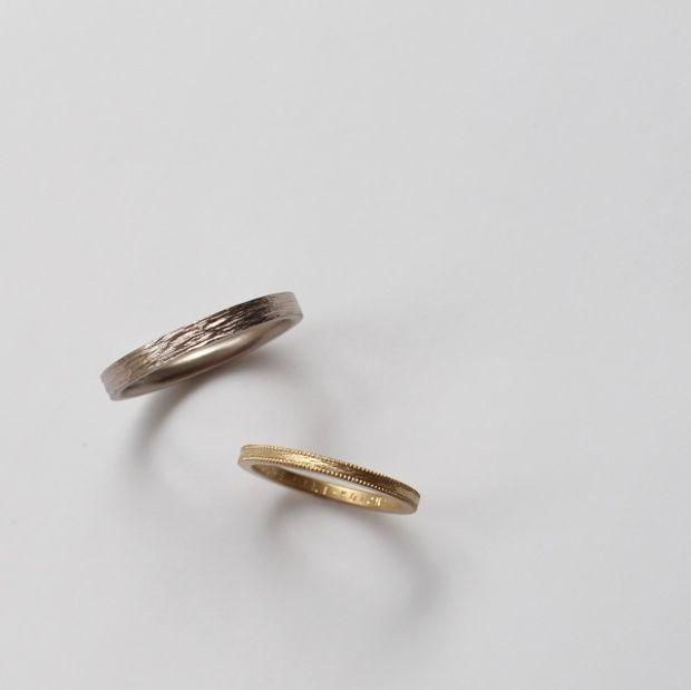 【mina.jewelry(ミナジュエリー)】木肌のような質感のマリッジリング