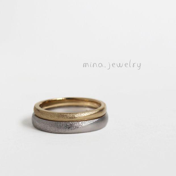 【mina.jewelry(ミナジュエリー)】テクスチャー仕上げを入れたマリッジリング