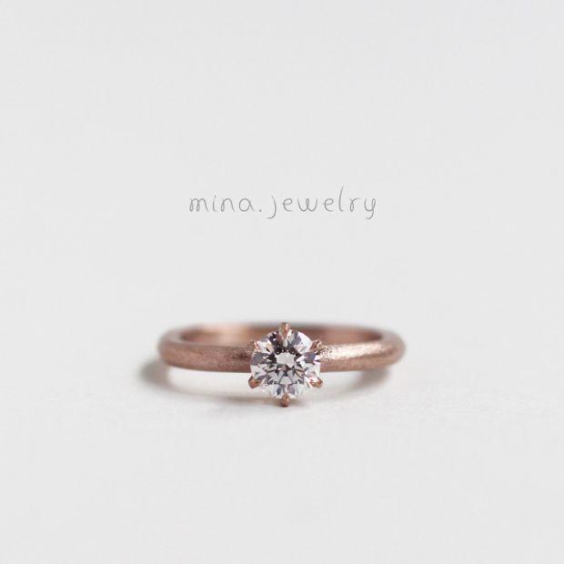 【mina.jewelry(ミナジュエリー)】ピンクゴールドのエンゲージリング