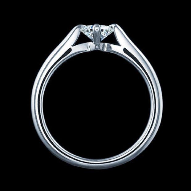 【エクセルコダイヤモンド(EXELCO DIAMOND)】《Engagement Ring 3041》