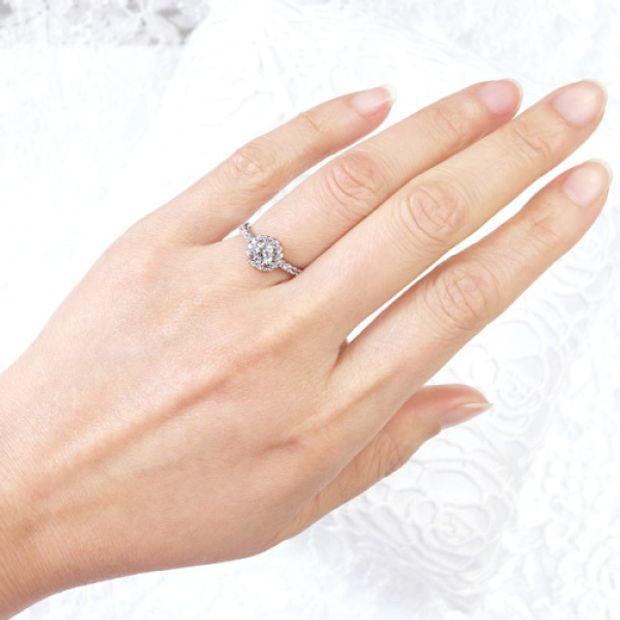 【宝寿堂(ほうじゅどう)】【宝寿堂】ダイヤで取り巻いた豪奢で華やかなエンゲージ《HD2532》