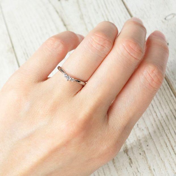 【宝寿堂(ほうじゅどう)】【宝寿堂】指を長く見せる効果のあるV字ライン《HM2760l/HD2824》