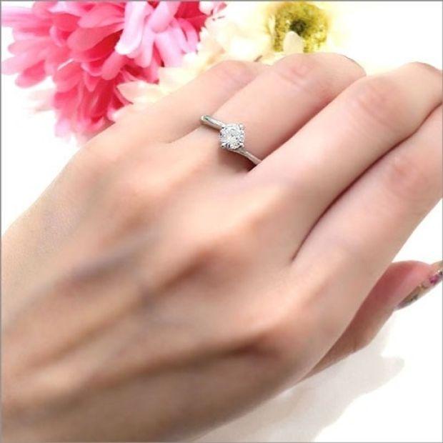 【WATANABE / 卸商社直営 渡辺】[WATANABE]爪の一つがハート型!とびっきり可愛くスイートなエンゲージ