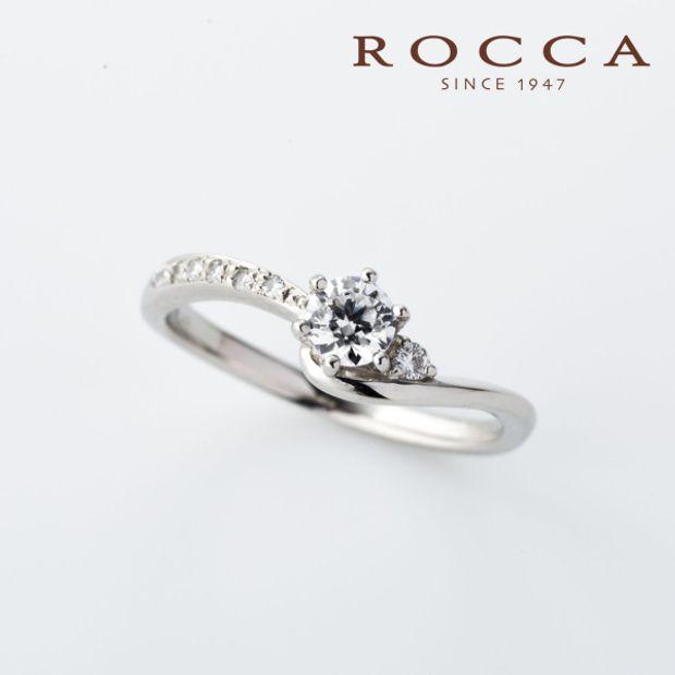 【ROCCA(ロッカ)】【ROCCA】やわらかいV字のラインが綺麗!シンプルエンゲージリング