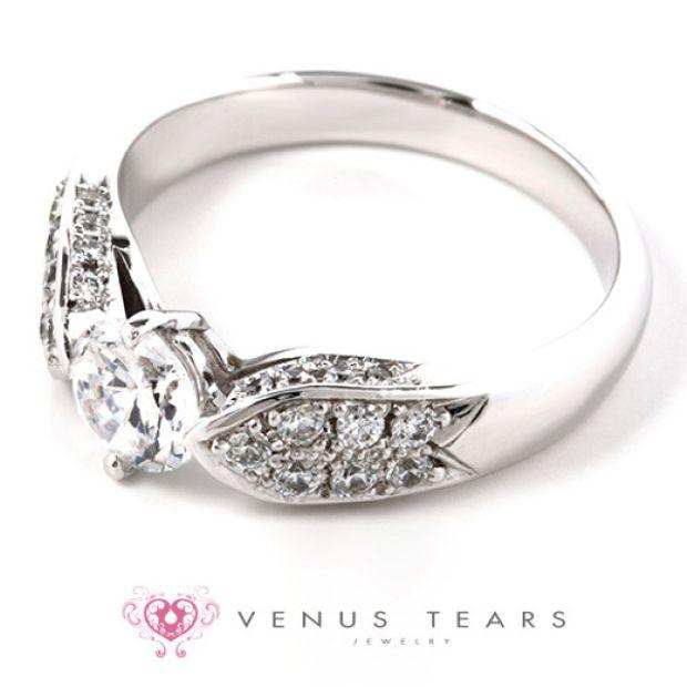 【VENUS TEARS(ヴィーナスティアーズ)】0.5ctダイヤ込価格Pt900【OE92-05】