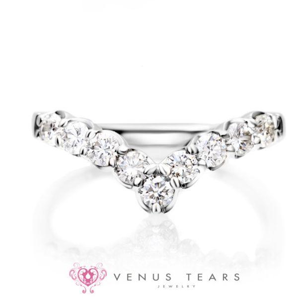 【VENUS TEARS(ヴィーナスティアーズ)】V字エタニティリング 0.5ct