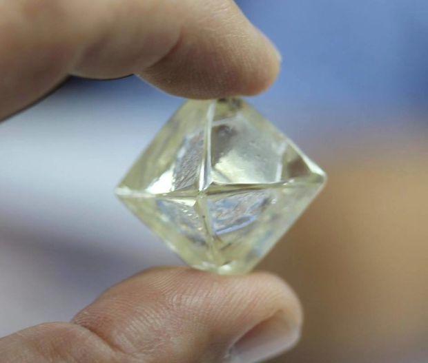 "【BRIDGE ANTWERP BRILLIANT GALLERY(ブリッジ・アントワープ・ブリリアント・ギャラリー)】""Asterism""Princess Cut Solitaire Diamond Ring アステリズム""プリンセスカット""ソリテールリング"