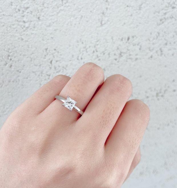 "【BRIDGE ANTWERP BRILLIANT GALLERY(ブリッジ・アントワープ・ブリリアント・ギャラリー)】""Asterism""Princess Cut Solitaire Diamond Ring ""アステリズム""プリンセスカットソリテールリング"