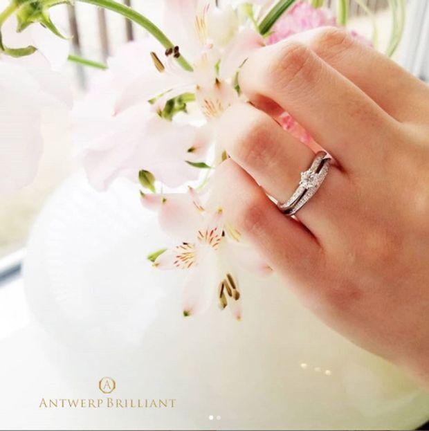 """【BRIDGE ANTWERP BRILLIANT GALLERY(ブリッジ・アントワープ・ブリリアント・ギャラリー)】""""galaxy"""" 6 claws collet Diamond side line Ring Set """"ギャラクシー"""" 6クローズ コレット ダイヤモンド サイドライン リング セット"""