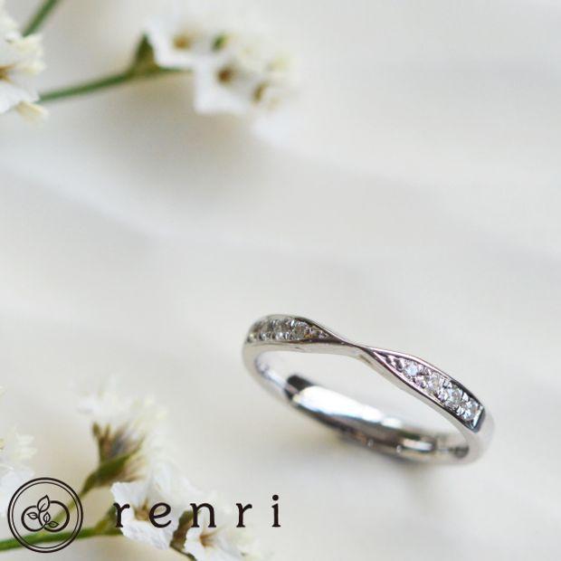 【renri(レンリ)】【手作り・オーダーメイド】トップにデザインを持ってきた軽やかなエタニティリング