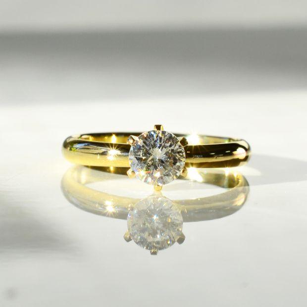 【湘南彫金工房 andfuse】手作り婚約指輪コース 6本爪の婚約指輪