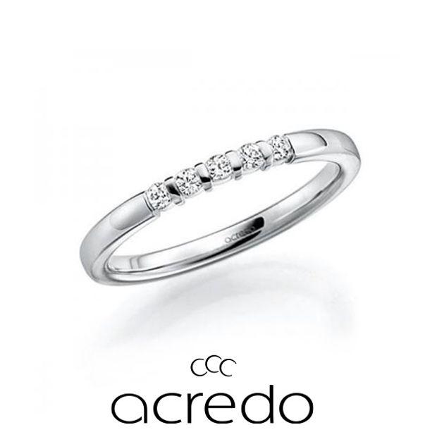 【acredo(アクレード)】人気のエタニティリングはダイヤモンドの数の調節可能