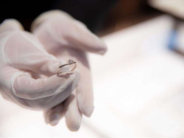 【アフターサービス】 ヤマトヤにて購入いただいた指輪に関しての店頭クリーニングはいつでも無料で行っています。また、取り扱っている全てのブランドで充実のアフターサービスを提供しておりますので、お気軽にご相談ください。