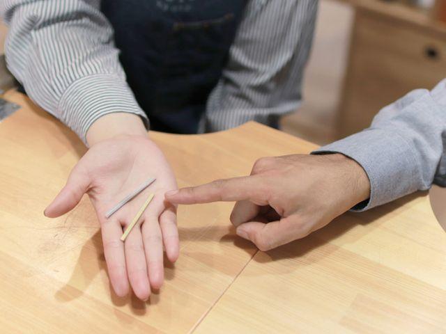 「制作スタート」 選んだコースに合わせて、指輪の材料をご用意いたします。 お二人の指輪を交換して制作すれば、より大切な指輪になります。 もちろんご自分のをじっくり作るのもいいですね。