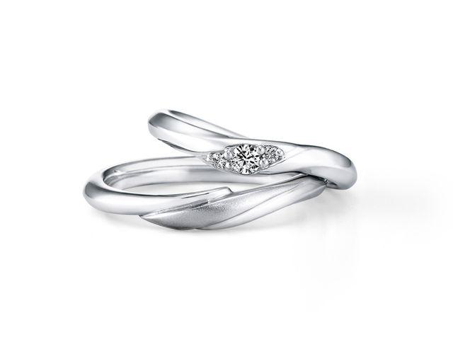 結婚指輪がシンプルですごく気に入っています_204