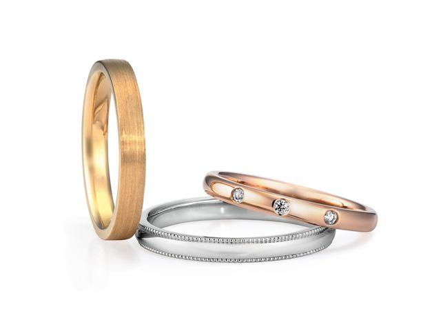 結婚指輪のデザインがシンプルでステキ!指とのなじみ方、一体感がすごく良かったです!_235