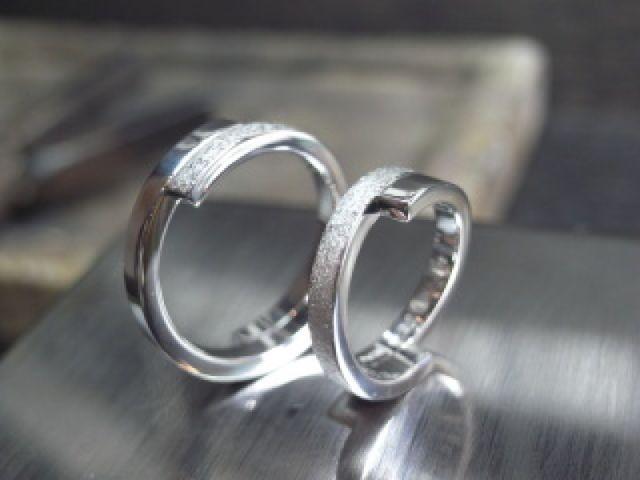 二人の想いが詰まった指輪に仕上げていただいて、大満足です!