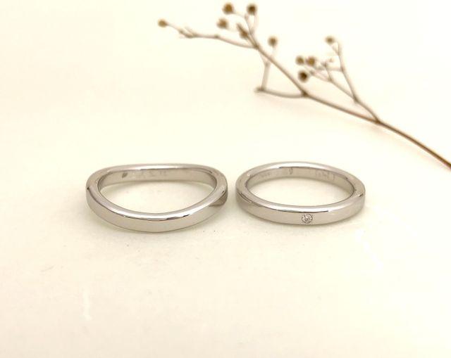 「二人三脚」入りの素敵な指輪が出来て、二人とも大満足です!