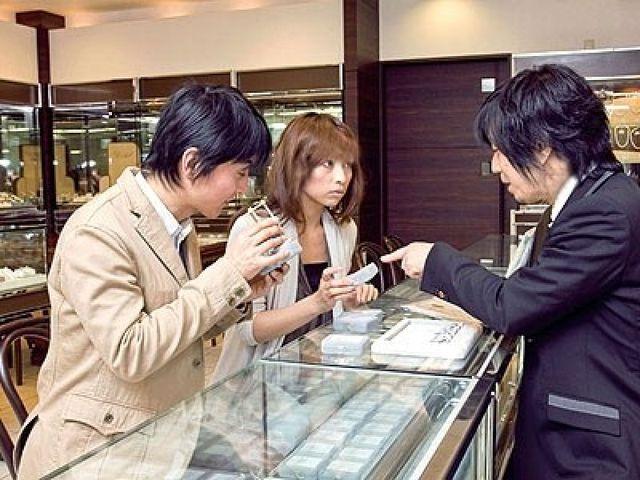 WATANABE  梅田 阪急17番街店について