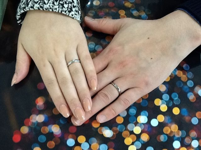 たくさん悩みましたが、最初に一目惚れした指輪に決めました。