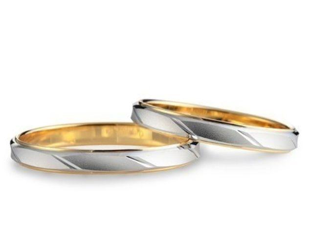 スタイリッシュな結婚指輪