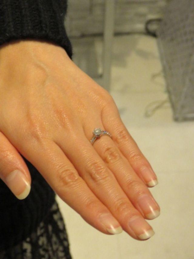 144面カットのダイヤモンドの輝きが決めてでした!