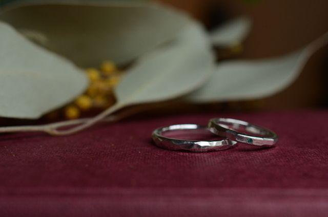 二人とも人と被ってないものが好きで、オリジナルの指輪がいいなって思ってました!