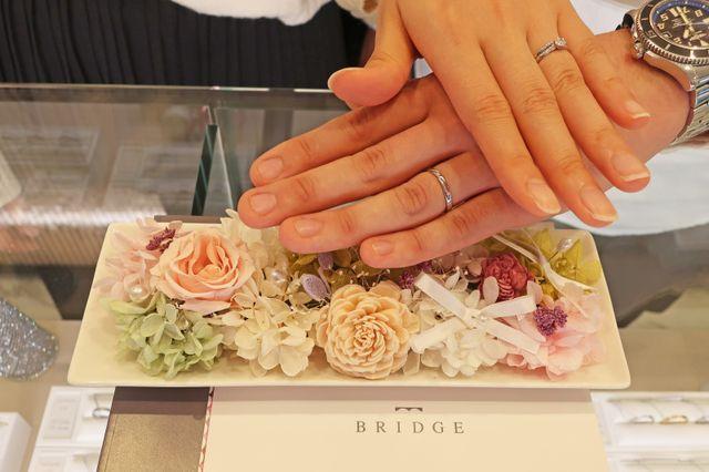 ダイヤモンドのお話も印象深く、指輪も自分のイメージ通りで素敵なデザインに出会えました!
