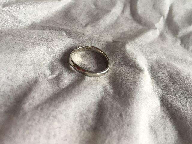 結婚指輪 緩やかなライン
