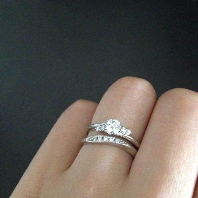 婚約指輪と重ねづけ