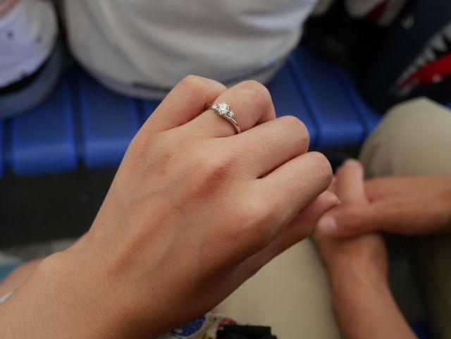 プロポーズを受けた翌日に伊勢神宮にて撮った1枚です