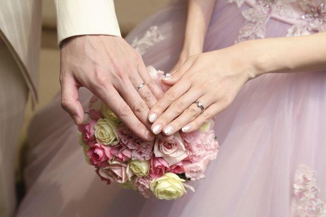 結婚式で婚約指輪と結婚指輪を重ねづけしました