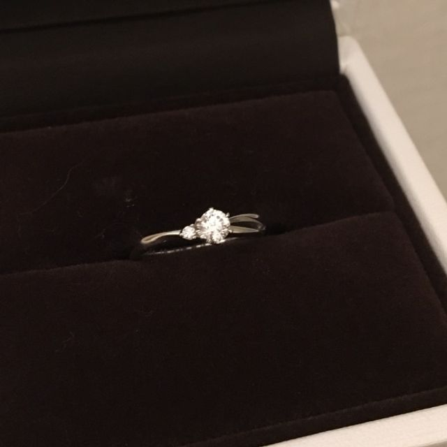 婚約指輪 デュトワ