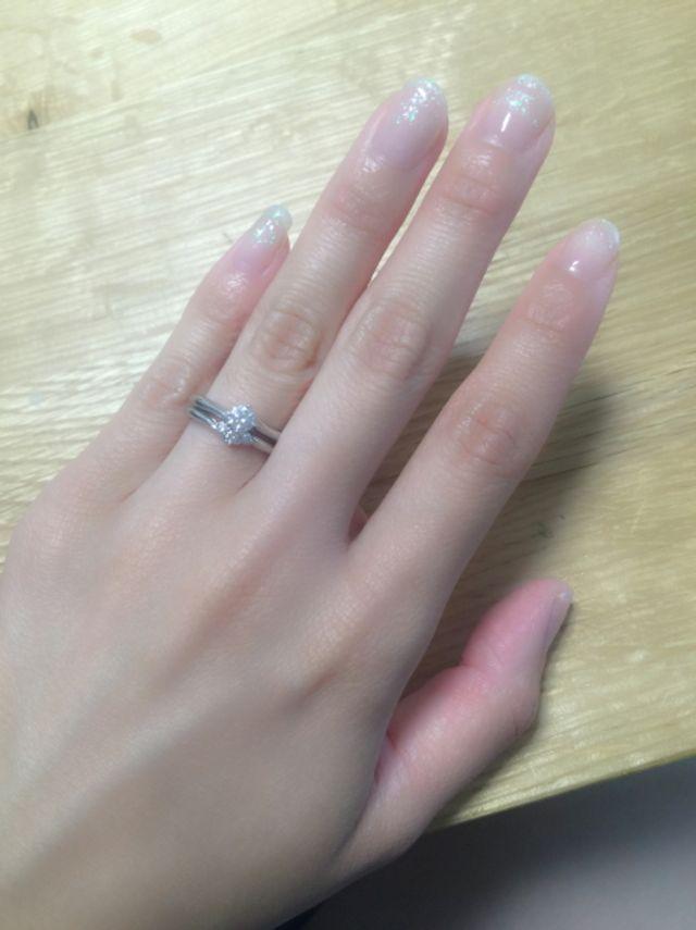 結婚指輪と婚約指輪をセットづけ