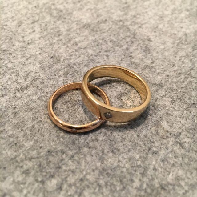 僕の指輪は四角形のダイヤモンドを入れて貰いました。