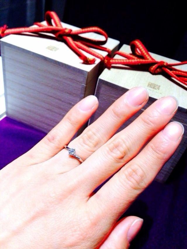 自分でダイヤを選んだ婚約指輪