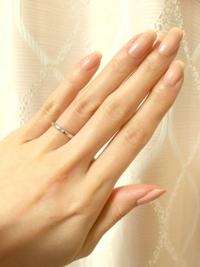 結婚指輪はシンプルで飽きがこないデザインにしました。