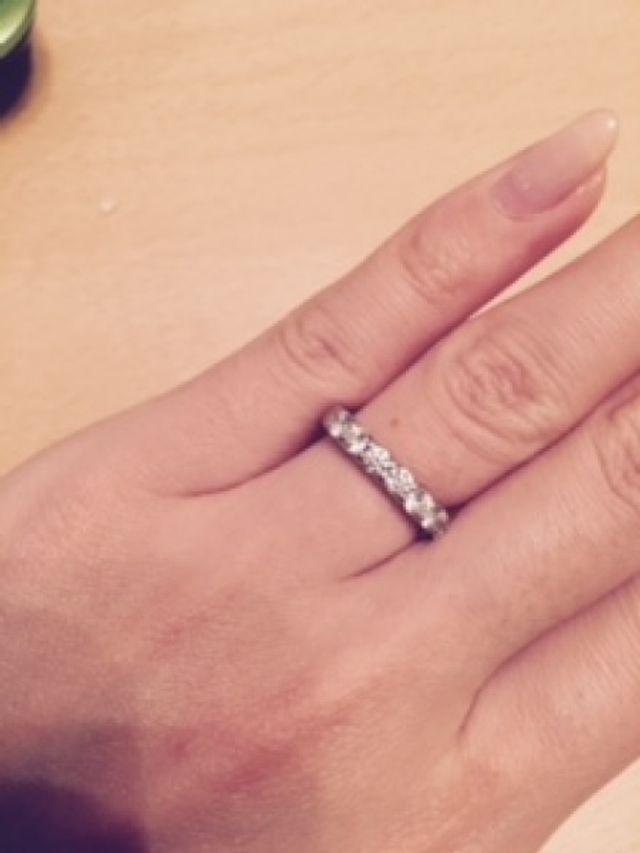 婚約指輪としてエタニティリングを購入しました