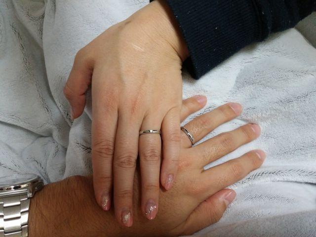 二人で購入した指輪をつけました。
