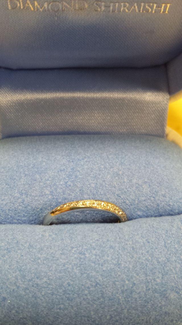 指全体に細かいダイヤモンドの面が来るのが気に入っています
