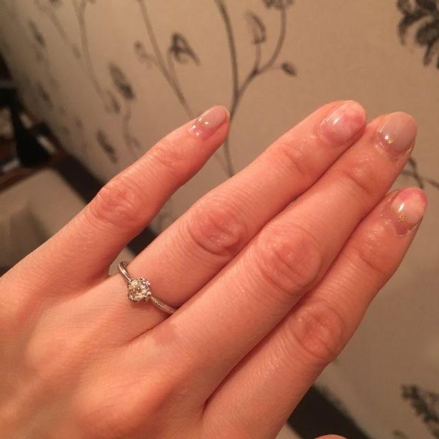 指輪が綺麗過ぎて、手のケアもちゃんとしなきゃ!笑