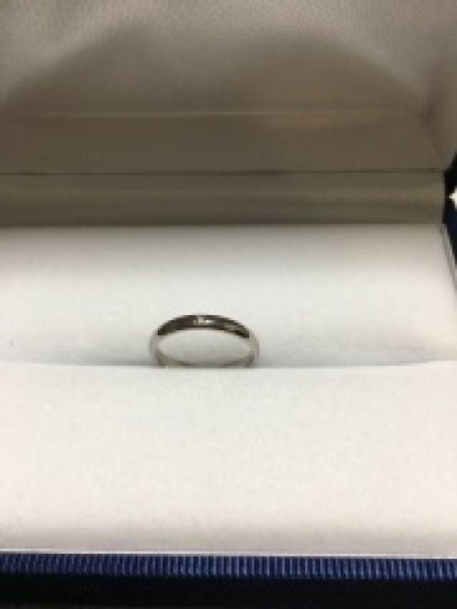 幅とダイヤの数を選べる指輪