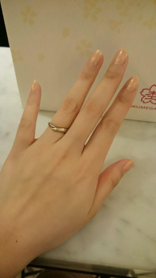 木目つむぎというデザインの指輪です。